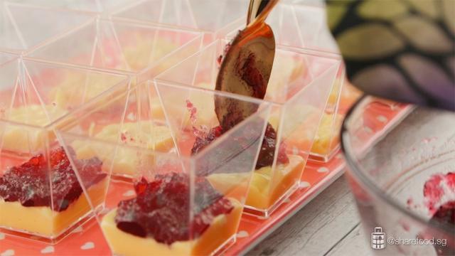 Ribena-blackcurrant-milk-pudding-layering