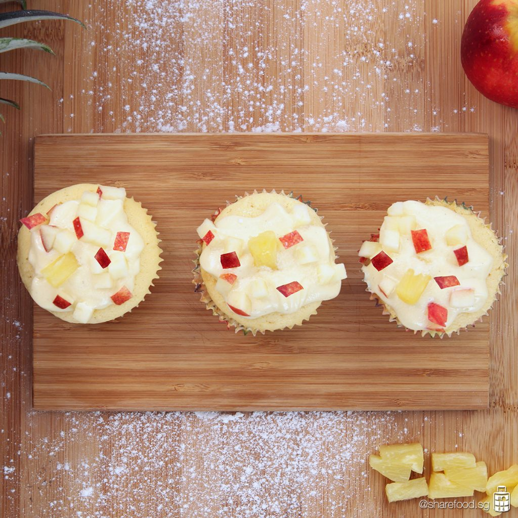 Pineapple Apple Cupcake top down shot