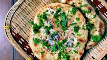 Indian Garlic Naan 印度大蒜烤饼