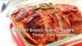Mouthwatering Christmas Baked Turkey with Bacon