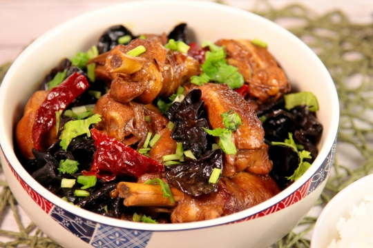 Braised Chicken with Black Fungus close up shot