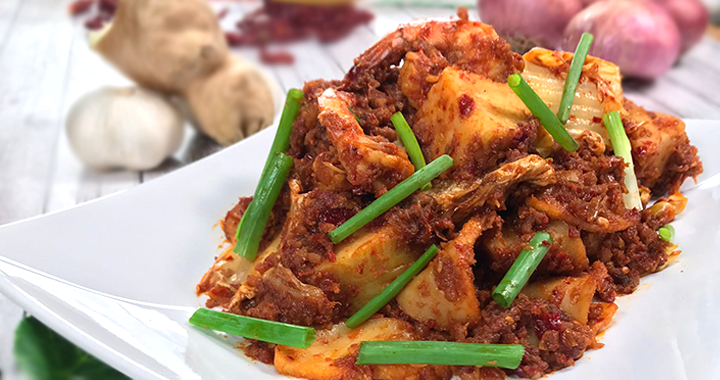 Lontong Goreng close up shot