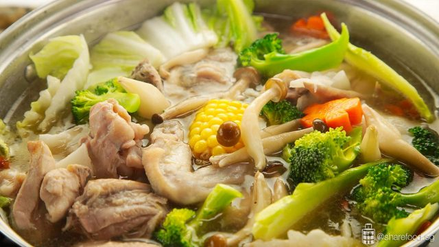 coconut chicken steamboat close up