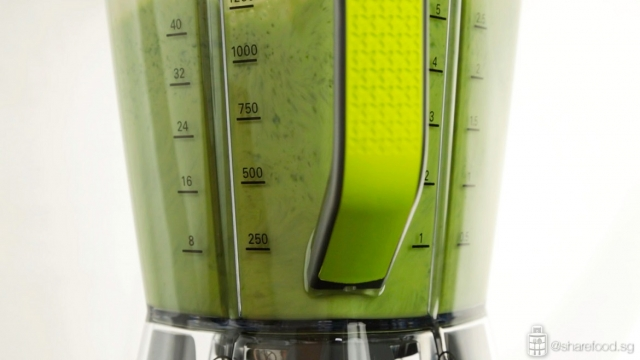 Kenwood's Blend X Pro blender making detox meal
