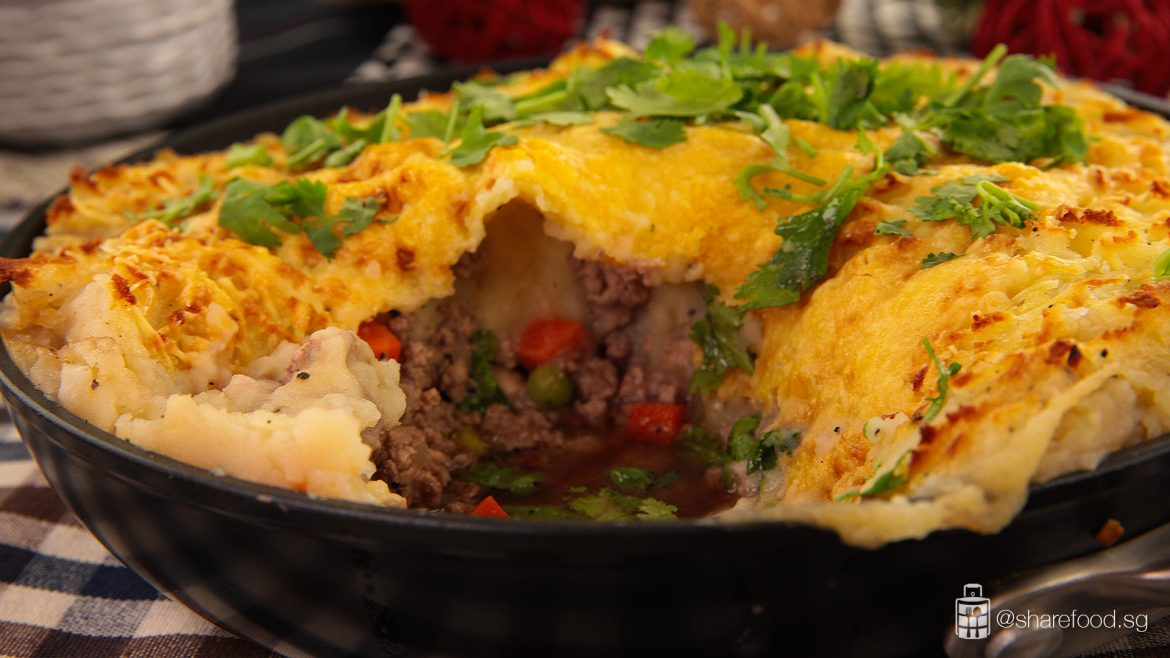 Guinness Shepherd's Pie close up shot of the inside