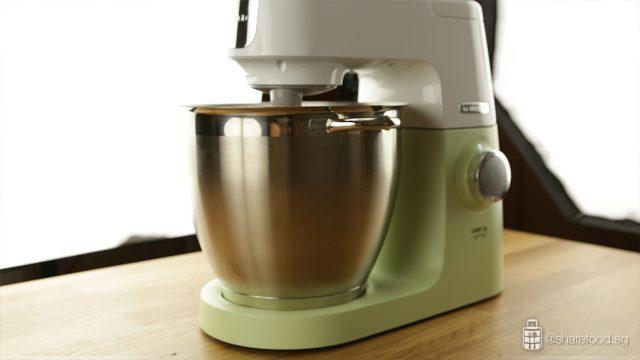 Pistachio-Crunchy-Cookies-Kenwood-XL-Sense-Mixing-Dough