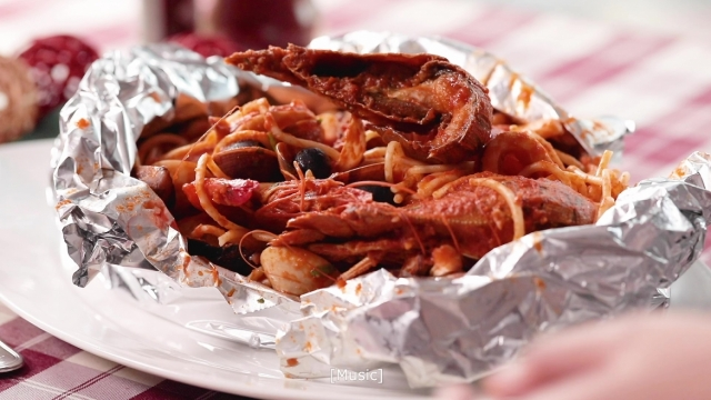 Seafood spaghetti with a variety of fresh seafood, crayfish, kingprawns, mussels, squids and clams