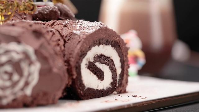 Milo Dinosaur Yule Log Cake cut end