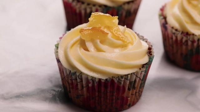 Yuzu Lemon Flaxseed Cupcake