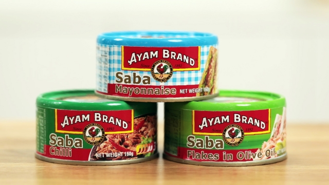 Ayam brand Saba Flakes in Mayonnaise, Chili, and extra virgin olive oil