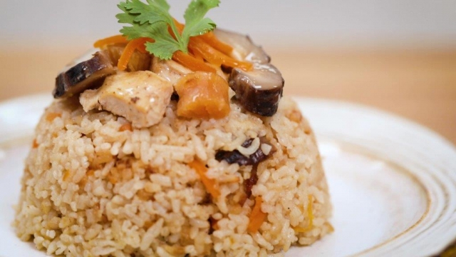 3 easy asian rice dishes rice cooker sesame oil chicken rice
