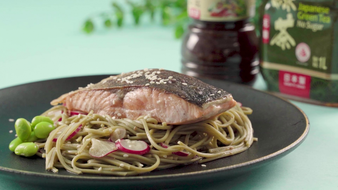Golden Chef NTUC FairPrice Sesame Soy Japanese Soba with Salmon