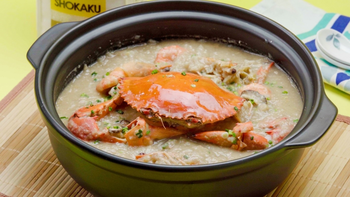 luxurious crab and seafood porridge cooked in claypot